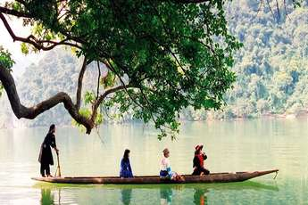 Ethnic villages, cultural icons of Ba Be Lake