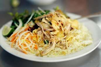Com ga Hoi An, chicken rice: a new geotourism experience