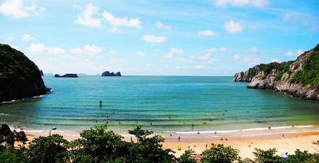 Top 7 most beautiful beaches in Ha Long Bay