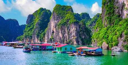 "Top 3 ""must do"" in Halong Bay"