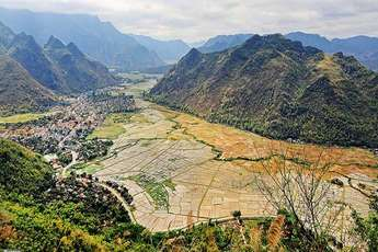 The wild getaway in the peaceful Mai Chau Valley