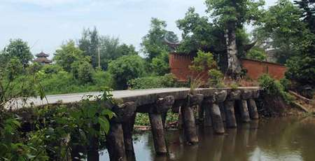 Beautiful ancient villages around Hanoi