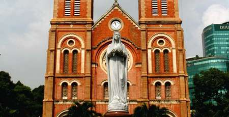 Notre Dame Cathedral: The 138-year-old Architecture Masterpiece in the heart of Saigon