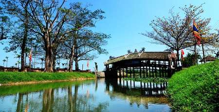 Thanh Toan Bridge - The unique ancient Vietnamese architecture