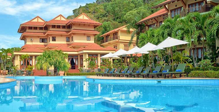 Top ten suggested hotels in Cat Ba island