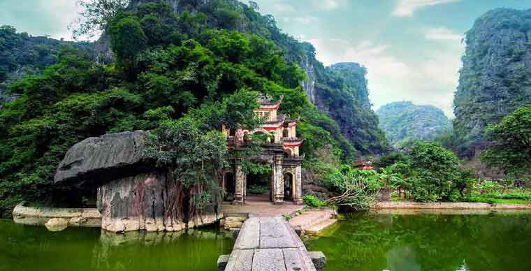 Hoa Lu Ancient Capital - Ninh Binh A to Z Travel Guide