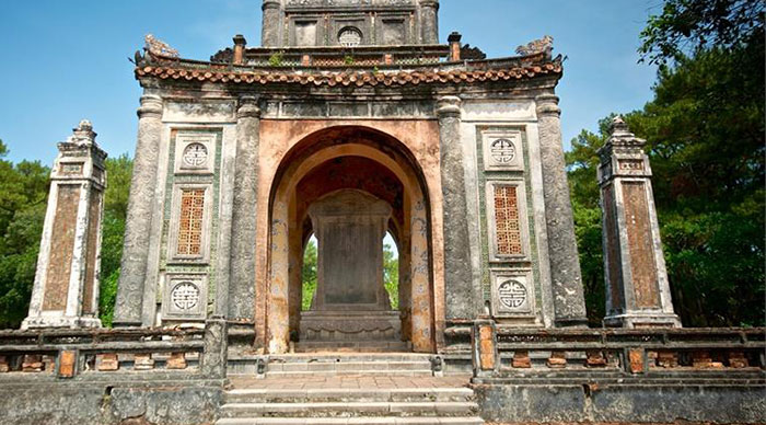 Emperor Tu Duc Royal Tomb, a poetic setting around Hue city