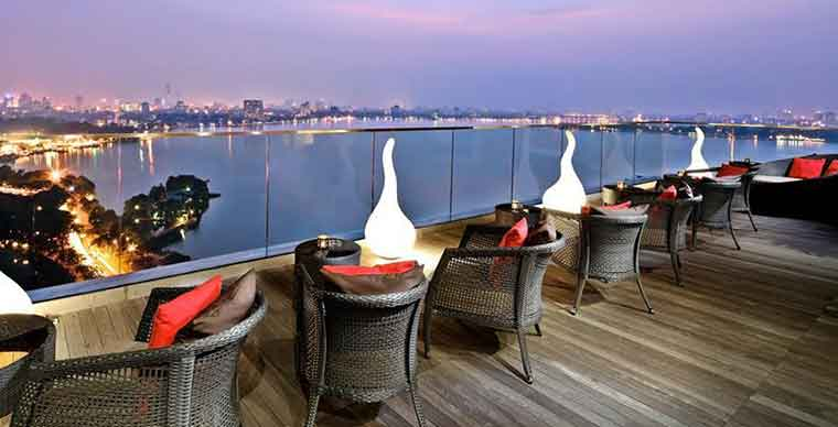 Best rooftop bars in Hanoi city