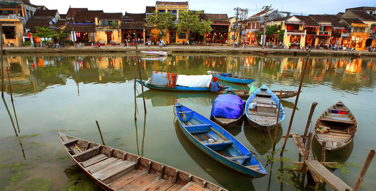 Travel guide in Hoi An, the ancient town and its surroundings 2019
