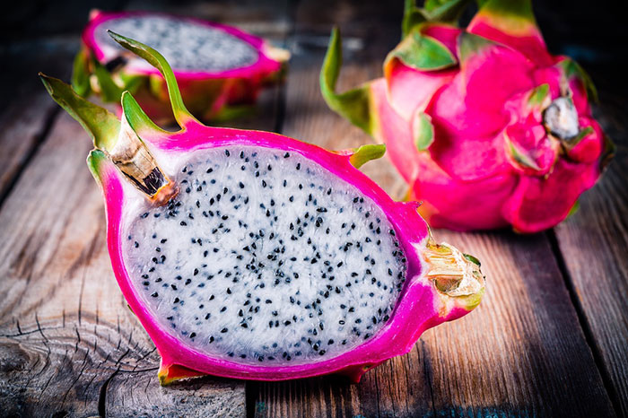 10 exotic fruits in Vietnam dragon fruit