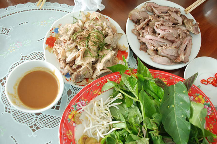 10 must sees in Ninh Binh goat meat