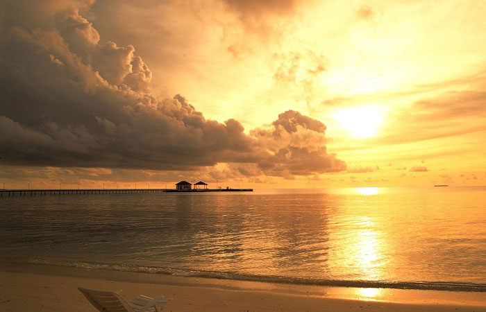 12-unmissable- experiences- in-phu-quoc-island-sunset-on-long-beach