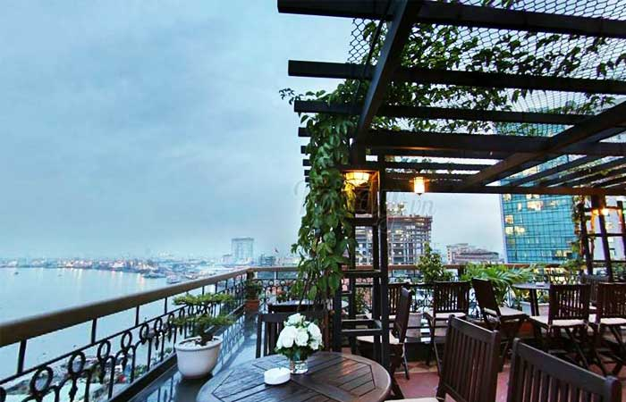 3 historic hotels in Saigon The majestic Saigon