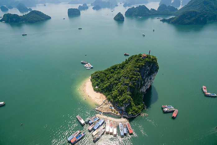 7 most beautiful islands ha long titov