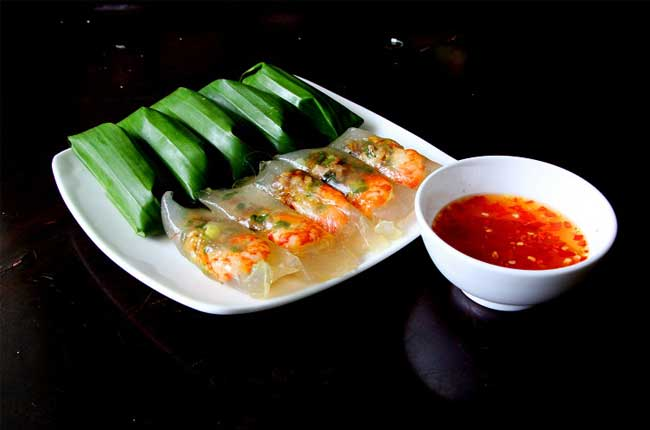 7-famous-foods-in-hue-rice-dumpling