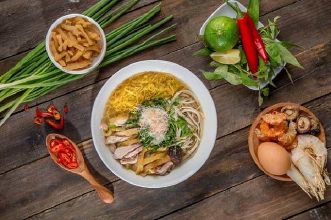 Bun thang culinary speciality of Hanoi chili