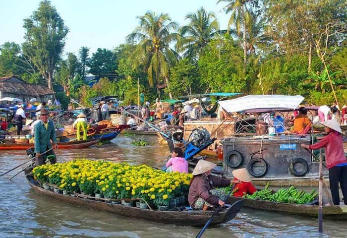 Five umissable market in mekong Phung Hiep