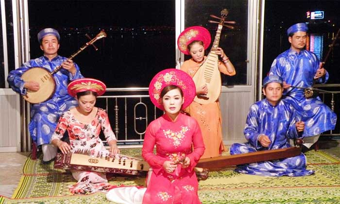 Imperial City of Hue traditional singing