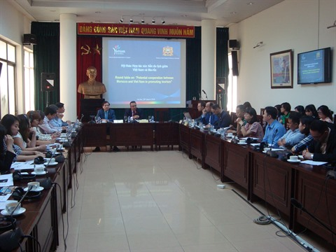 Morocco and Vietnam Tourism Cooperation Group photo