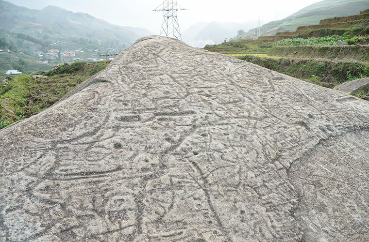 Sapa-ancient-stone-field-mysterious-symbol