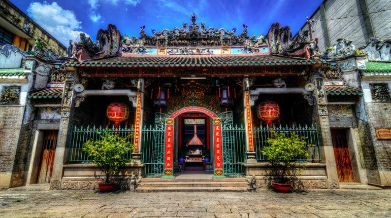 Top 4 favourite expat neighbourhoods to live in Saigon chinatown