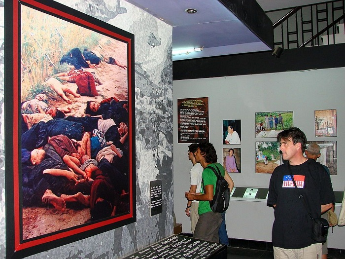 War Remnants Museum saigon exhibition