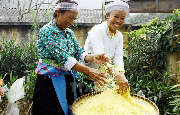 ba be lake vietnam traditional cooking