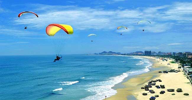 beautiful-beach-vietnam-danang