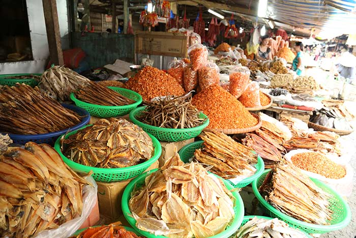 ben tre vietnam top things to do local market