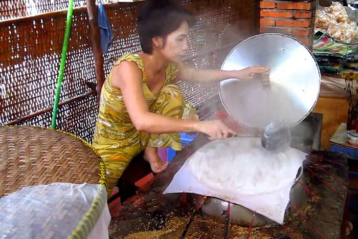 ben tre vietnam top things to do making rice cake