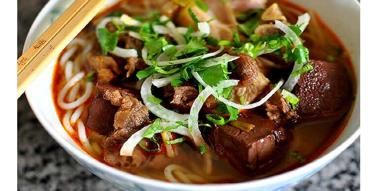 top-10-unmissable-foods-in-vietnam