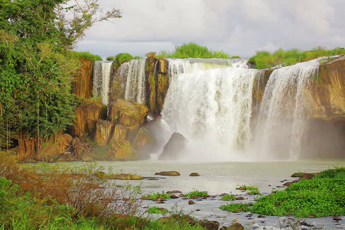 buon me thuot vietnam waterfalls