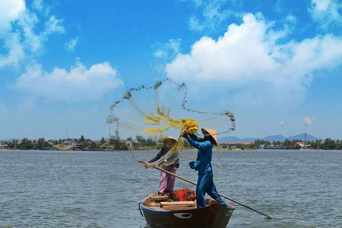 cam thanh village around hoi an town fishing