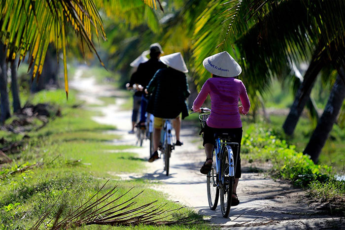 cam thanh village hoi an town bicycle
