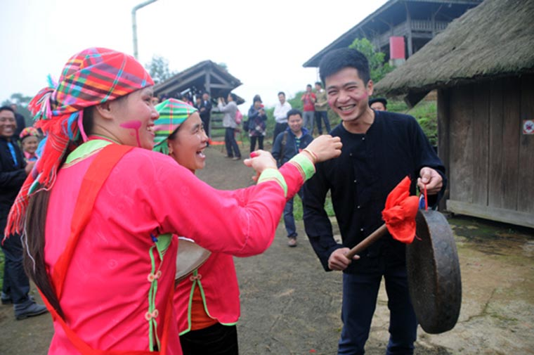 ethnic-groups-in-sapa-Giay-festival