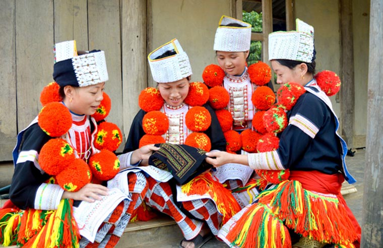 ethnic-groups-in-sapa-red-dao