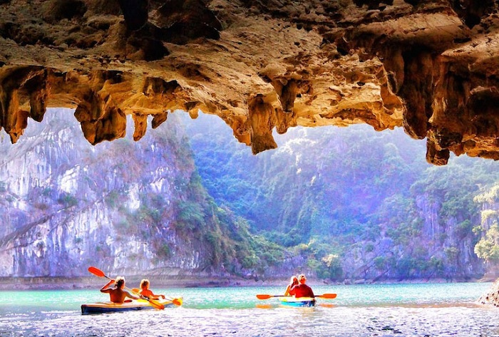 excursion in halong bay luon cave