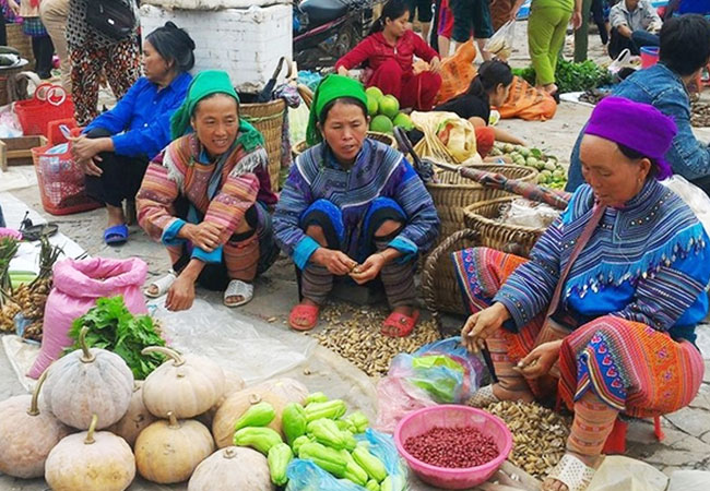 forget-the-way-back-once-you-get-to-sapa-day-market