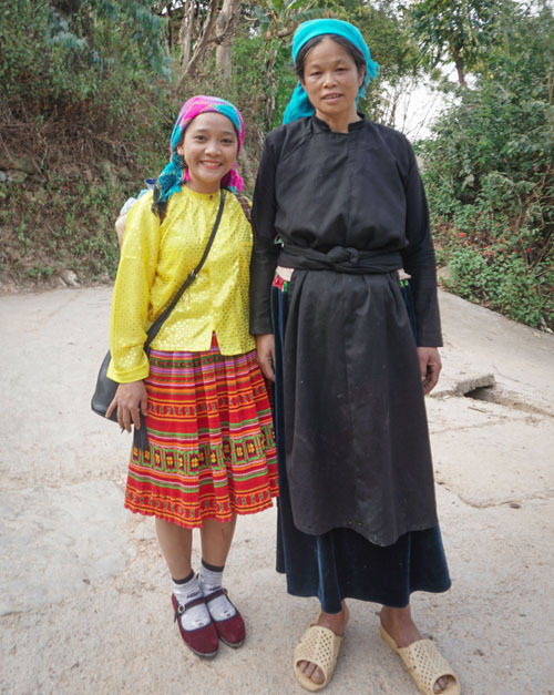 ha giang thien huong village traditional clothes
