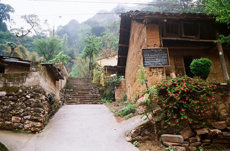 ha-giang-travel-guide-accomodation.jpg