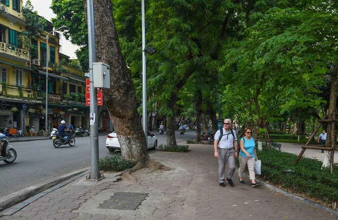 hanoi old quarter past and present hang khay 2