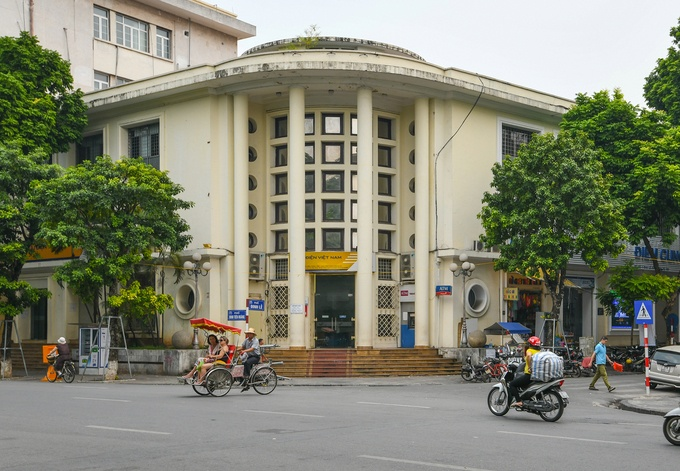 hanoi old quarter past and present post office now