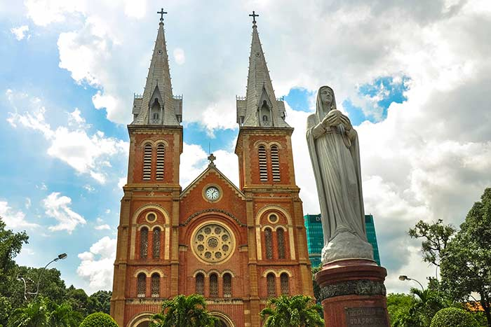 ho chi minh city in 1, 2 or 3 days guide cathedral