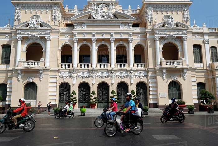 ho chi minh city in 1, 2 or 3 days guide city hall