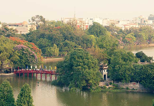 hoan kiem lake and ngoc son temple