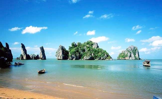 islands and beaches vietnam ba lua
