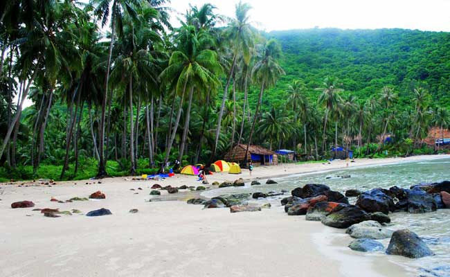 islands and beaches vietnam nam du