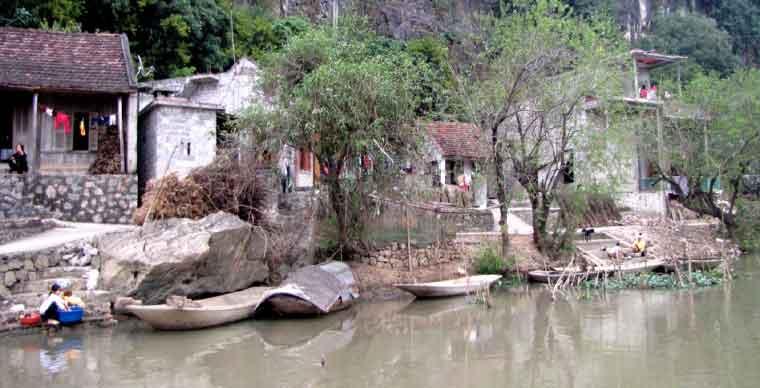 kenh-ga-hot-springs-what-to-do-in-ninh-binh