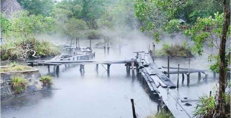 /kenh-ga-hot-springs-what-to-do-in-ninh-binh