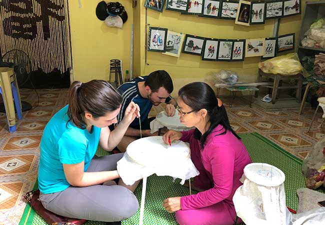 learn how to embroider in ninh binh
